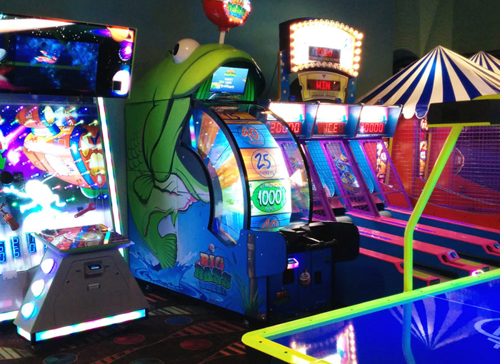 Arcade specialists and game room operation in the Twin Cities
