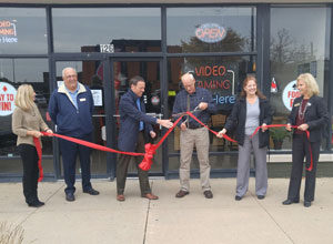 Elsie's Place Belvidere ribbon cutting